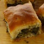Πίτα με σπανάκι- Spinach pie with rustic sheet